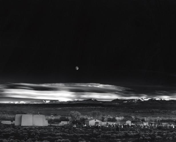 ansel-adams-moonrise-hernandez-new-mexico-1941