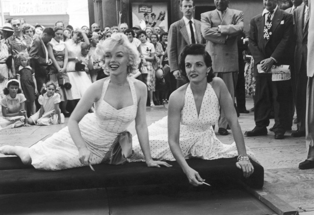 marilyn-monroe-and-jane-russell-marilyn-monroe-31170689-1700-1170