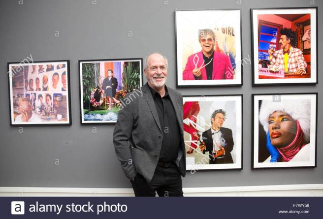berlin-germany-03rd-dec-2015-photographer-greg-gorman-poses-in-his-f7wy58