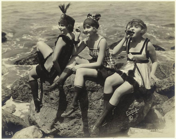 Vintage Snapshots of Summer Fun on the Beach (10)