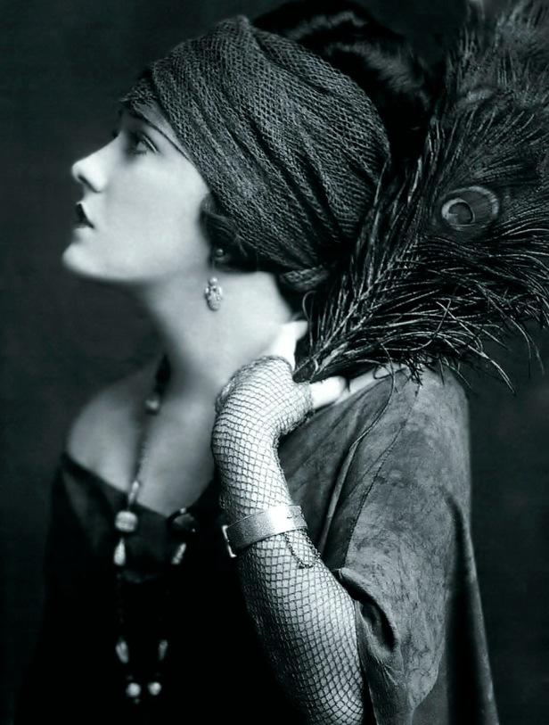 Gloria Swanson - c. 1920s
