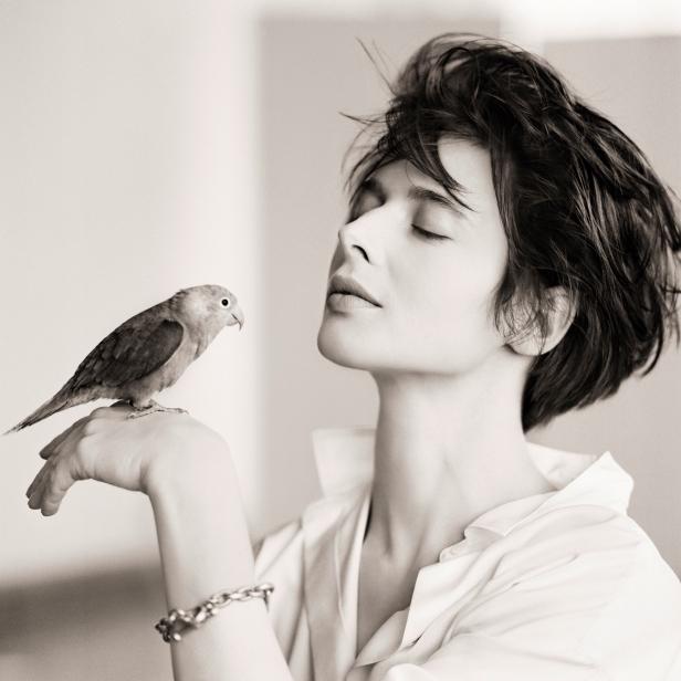 030 Isabella Rossellini Bird