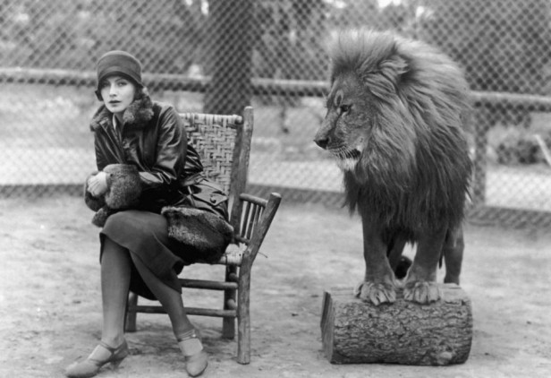 greta-garbo-with-leo