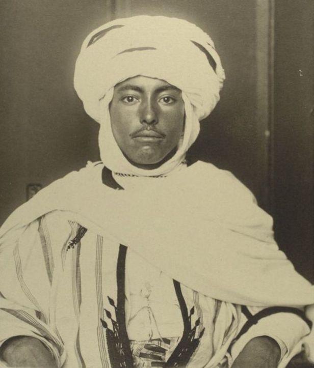 Algeria_1800s_Tupper_Scrapbooks_Collection_14-810x952