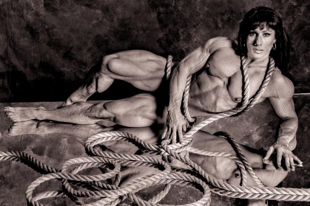 Annie_Rivieccio-BW-Nude-Rope-5405-Edit