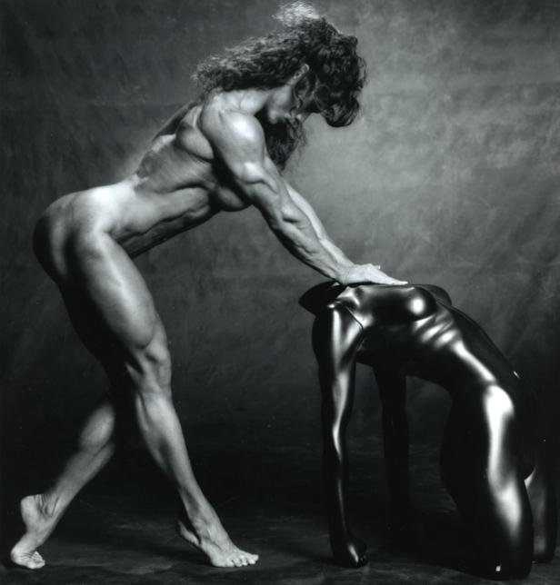 Michelle_Andrea-statue