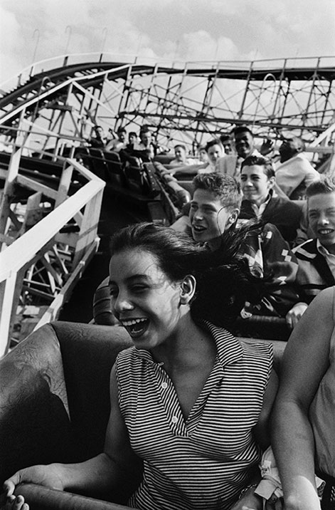 harold-feinstein-screaming-cyclone-coney-island