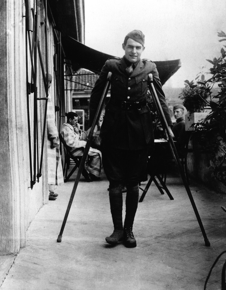 Ernest_Hemingway_recuperates_from_wounds_in_Milan,_1918