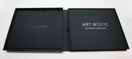HumanCanvas_book_121102_1672