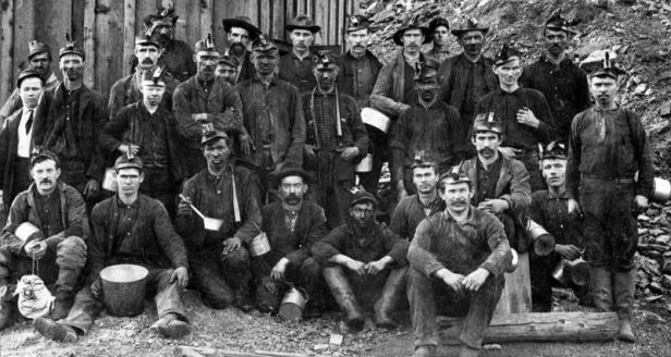Old-Miner-Photos__element13