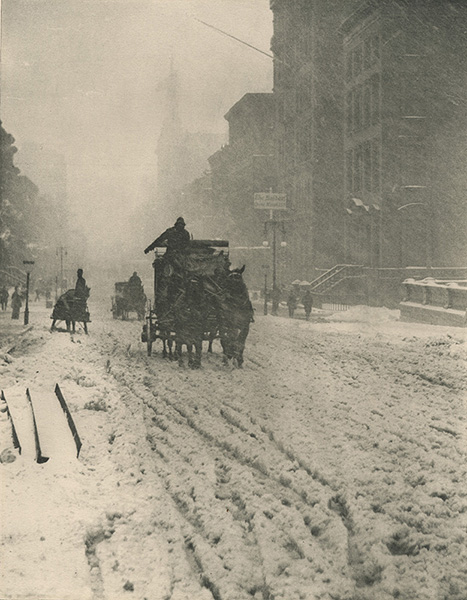 alfred-stieglitz-winter-on-fifth-avenue