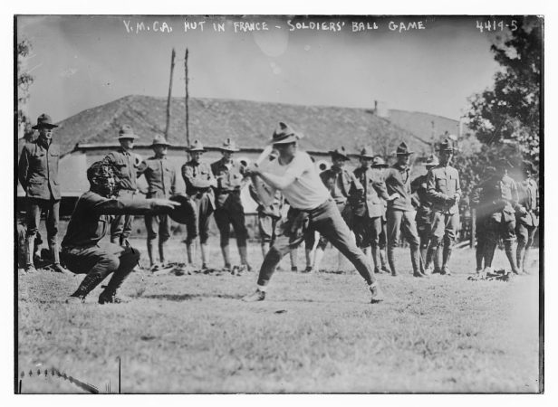 Soldiers-Play-Baseball-in-France-1024x749