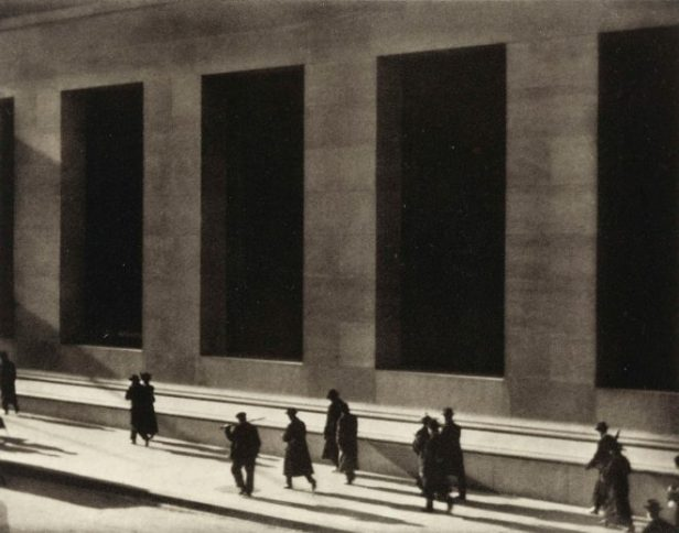 Wall_Street_by_Paul_Strand_1915-660x519