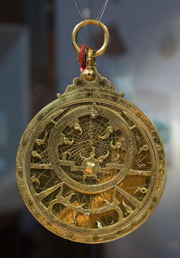 800px-astrolabe_planisfc3a9rique