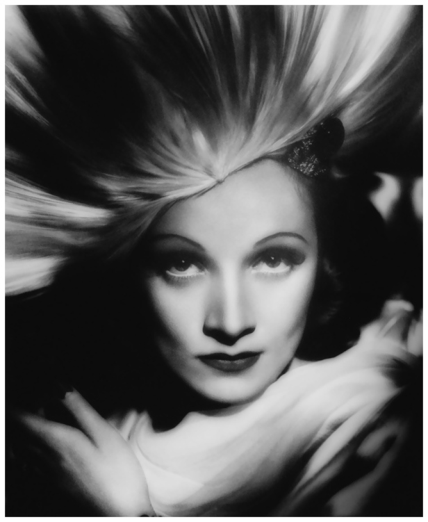 marlene-dietrich-by-george-hurrell-1931